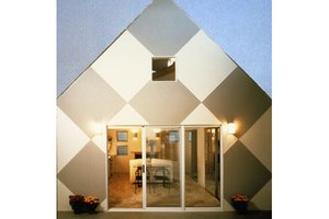 Cottage Exterior - Front Elevation Plan #511-1