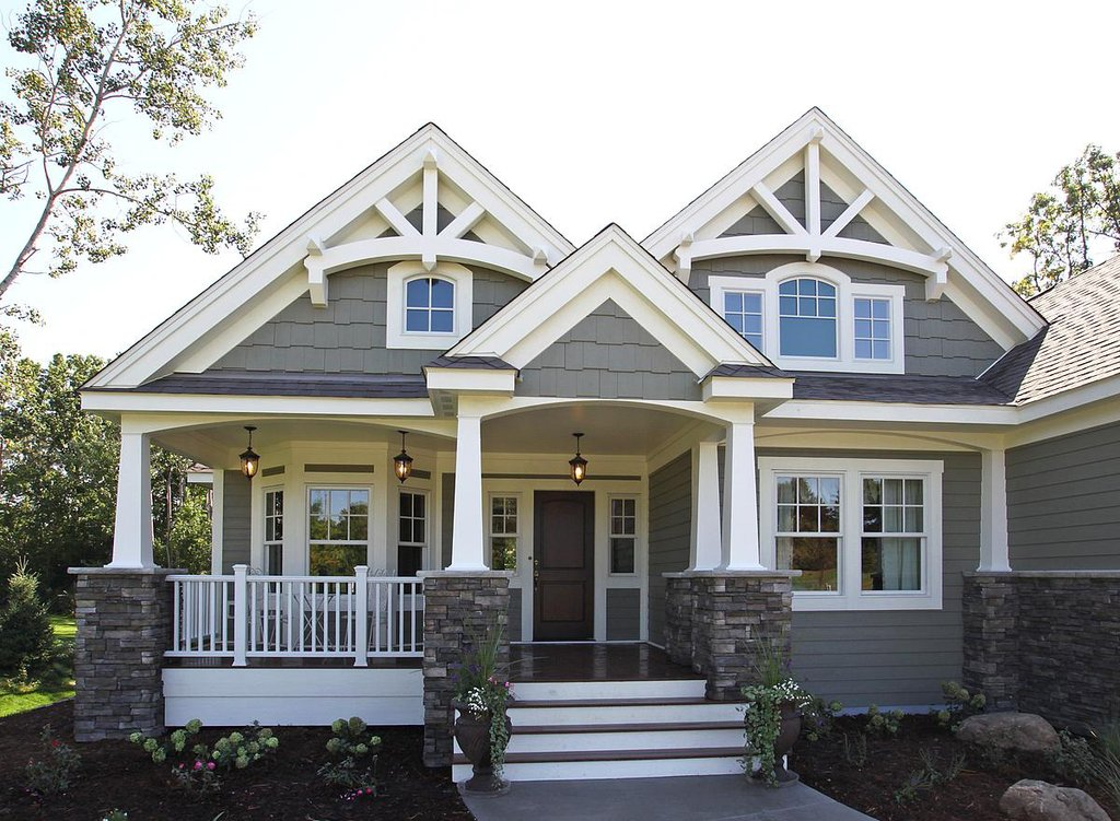 Craftsman style house plan 3 beds 2 baths 2320 sq ft - What is a craftsman style home ...