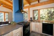 Modern Style House Plan - 2 Beds 2.5 Baths 1953 Sq/Ft Plan #890-6 Interior - Kitchen