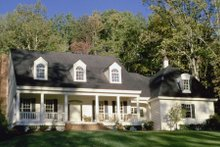 Dream House Plan - Country Exterior - Front Elevation Plan #137-244