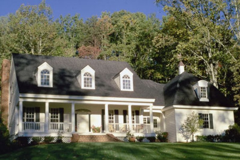 Country Exterior - Front Elevation Plan #137-244 - Houseplans.com