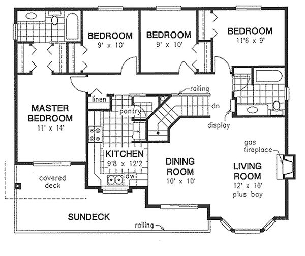 Traditional Floor Plan - Main Floor Plan Plan #18-1018