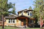 Craftsman Style House Plan - 4 Beds 3 Baths 1940 Sq/Ft Plan #434-16 Exterior - Front Elevation