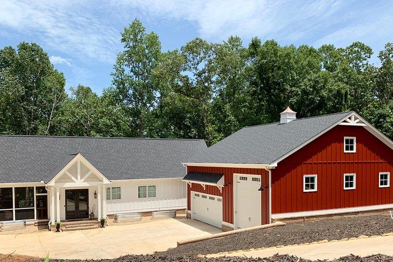 House Plan Design - Craftsman Exterior - Front Elevation Plan #437-112