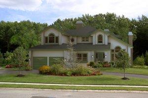 Craftsman Exterior - Front Elevation Plan #515-23
