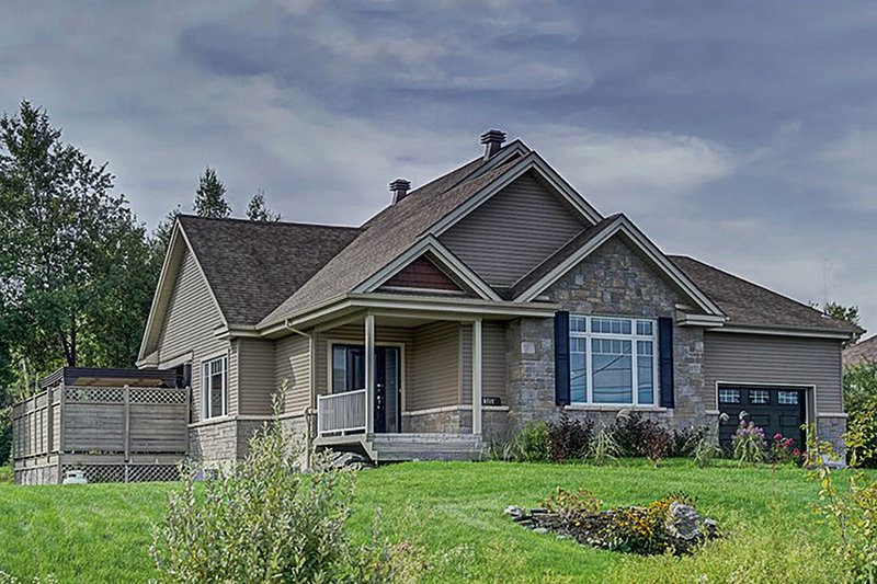 Dream House Plan - Country Exterior - Front Elevation Plan #23-2529