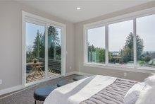 Modern Interior - Bedroom Plan #1066-67