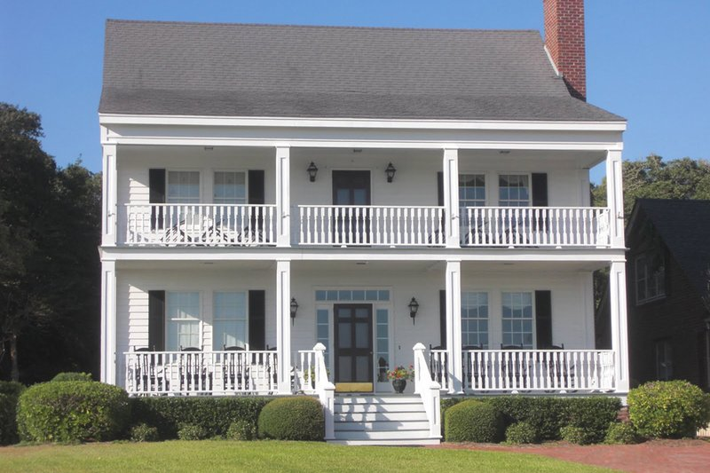 Colonial Exterior - Front Elevation Plan #137-241 - Houseplans.com