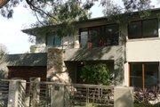Modern Style House Plan - 4 Beds 2.5 Baths 4618 Sq/Ft Plan #496-10