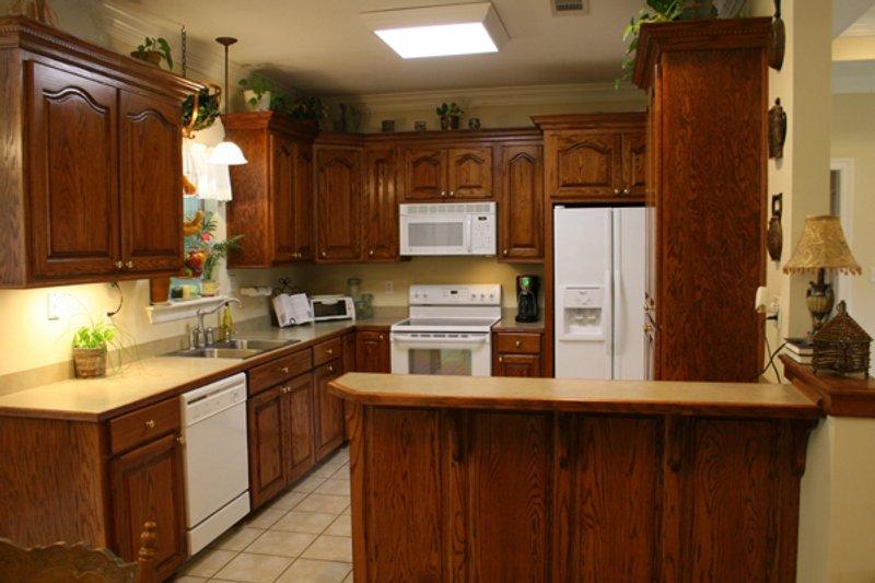 Traditional Interior - Kitchen Plan #21-139 - Houseplans.com
