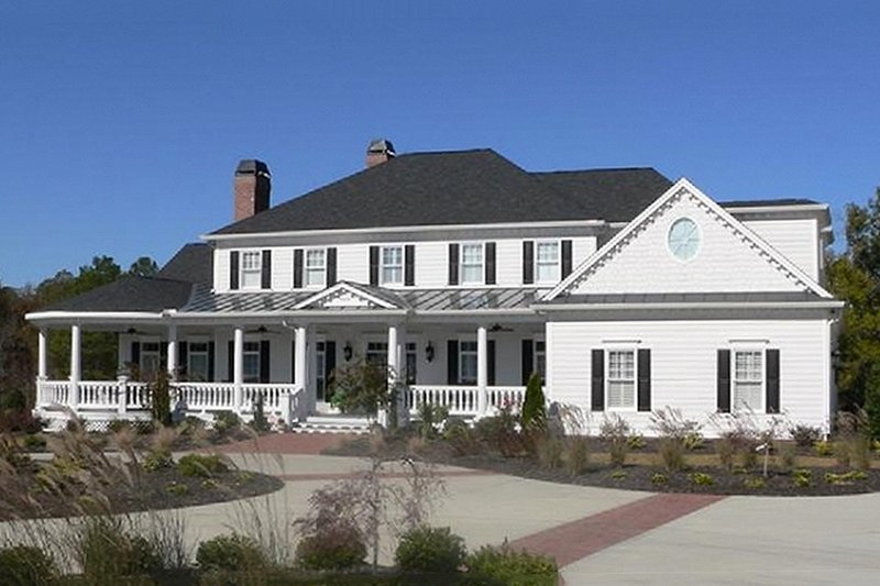 Southern Exterior - Front Elevation Plan #137-128 - Houseplans.com
