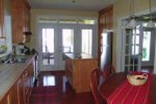 House Design - Farmhouse Photo Plan #23-877