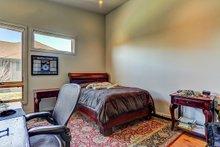 Modern Interior - Bedroom Plan #892-12