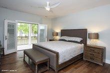 Craftsman Interior - Master Bedroom Plan #929-962