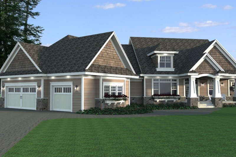 Craftsman Style House Plan - 5 Beds 4.5 Baths 4773 Sq/Ft Plan #51-334 Exterior - Front Elevation