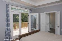 Craftsman Interior - Master Bedroom Plan #929-986