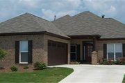 Traditional Style House Plan - 4 Beds 2 Baths 1970 Sq/Ft Plan #63-161 Exterior - Front Elevation