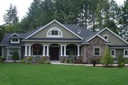 Traditional Style House Plan - 4 Beds 3 Baths 3500 Sq/Ft Plan #132-206 Photo
