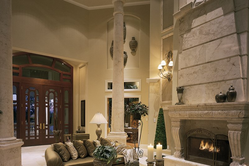 Mediterranean Interior - Family Room Plan #930-15 - Houseplans.com