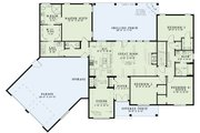 Country Style House Plan - 3 Beds 2.5 Baths 2279 Sq/Ft Plan #17-2555 Floor Plan - Main Floor Plan