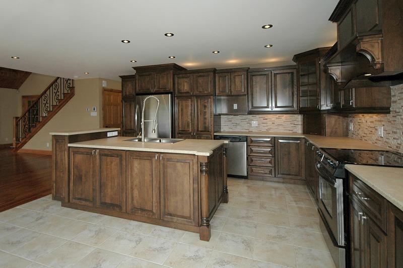 Kitchen - 1600 square foot Craftsman Cabin
