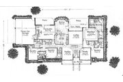 Traditional Style House Plan - 4 Beds 3.5 Baths 3270 Sq/Ft Plan #310-626 Floor Plan - Main Floor