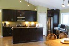 Traditional Interior - Kitchen Plan #21-153