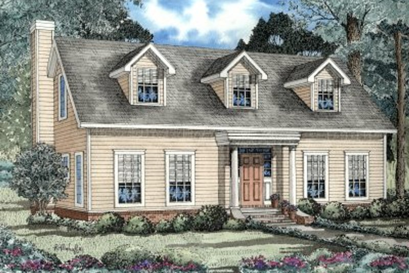 Colonial Style House Plan - 3 Beds 2.5 Baths 2044 Sq/Ft Plan #17-231