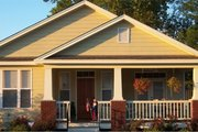 Craftsman Style House Plan - 2 Beds 2 Baths 1337 Sq/Ft Plan #63-247 Exterior - Front Elevation