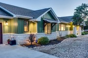 Craftsman Style House Plan - 3 Beds 2 Baths 2497 Sq/Ft Plan #935-12 Exterior - Front Elevation