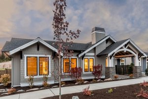 Craftsman Exterior - Front Elevation Plan #895-82