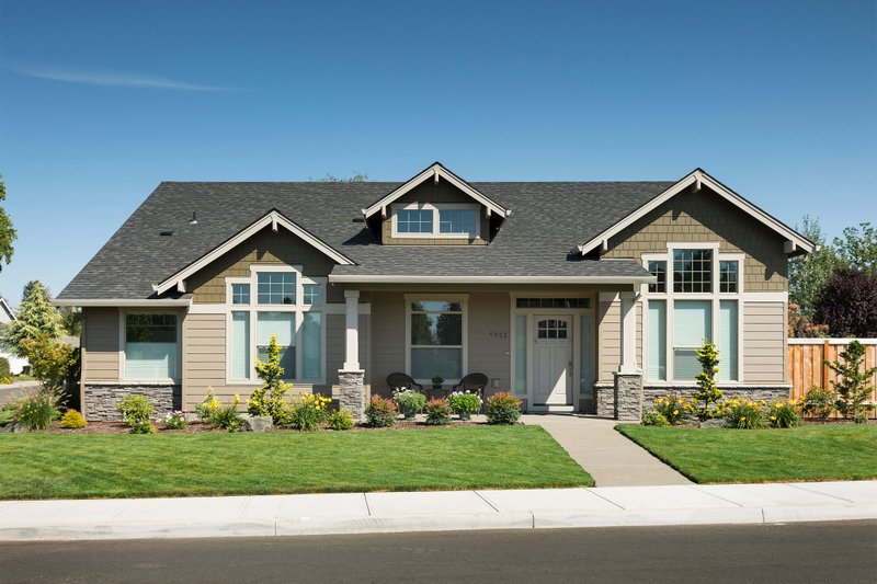 Craftsman Exterior - Front Elevation Plan #48-532