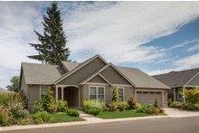 Craftsman Exterior - Front Elevation Plan #48-104