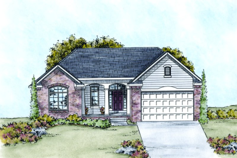 Traditional Exterior - Front Elevation Plan #20-2099