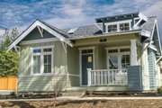 Craftsman Style House Plan - 2 Beds 2 Baths 999 Sq/Ft Plan #895-47 Exterior - Front Elevation