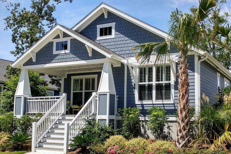 Home Plan - Craftsman Exterior - Front Elevation Plan #461-20