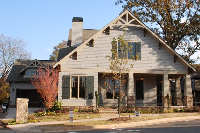 Craftsman Style House Plan - 3 Beds 3 Baths 3085 Sq/Ft Plan #419-265 Exterior - Other Elevation