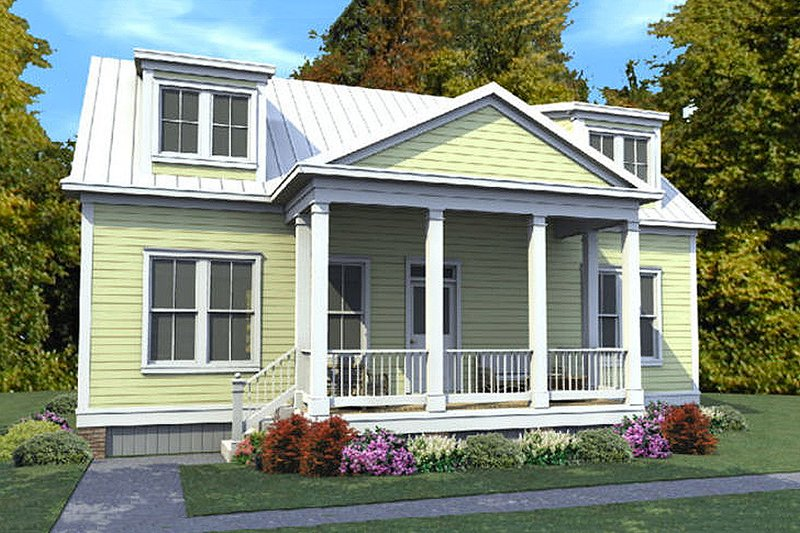 Classical Style House Plan - 3 Beds 2 Baths 1686 Sq/Ft Plan #63-401 Exterior - Front Elevation