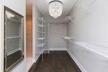House Plan Design - Master Closet