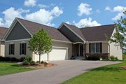 Craftsman Style House Plan - 2 Beds 1.5 Baths 1685 Sq/Ft Plan #51-471 Exterior - Front Elevation