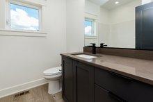 Ranch Interior - Bathroom Plan #70-1477