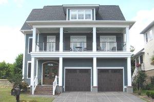 Craftsman Exterior - Front Elevation Plan #1054-33