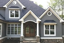 Dream House Plan - Traditional Exterior - Front Elevation Plan #437-86
