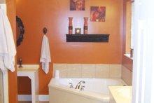 Craftsman Interior - Master Bathroom Plan #21-344