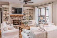Modern Interior - Family Room Plan #430-184