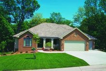 Traditional Exterior - Front Elevation Plan #20-473