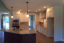 Traditional Interior - Kitchen Plan #927-6
