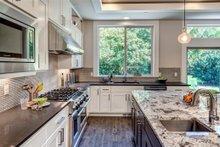 Dream House Plan - Prairie Interior - Kitchen Plan #1066-72