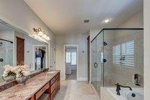 Traditional Interior - Master Bathroom Plan #437-118