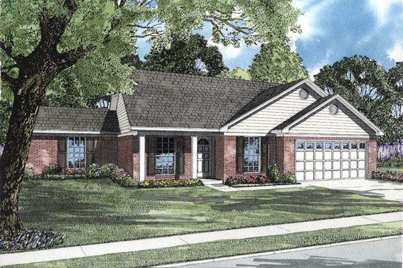 House Plan Design - Traditional Exterior - Front Elevation Plan #17-2511